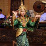 Kambodscha, Tänzerin, Kualao Restaurant